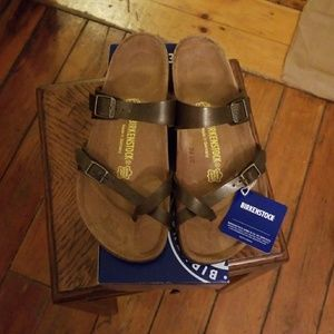 Birkenstock Mayari Golden Brown Sz 41 (L10/M8) NIB